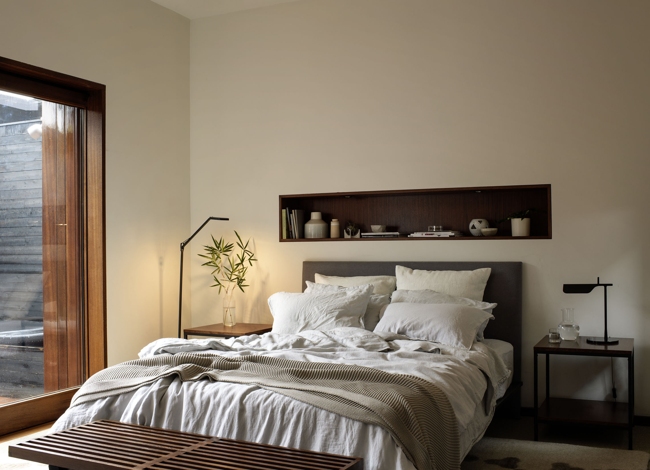 Nest_Blue_Moon_Venice_Product_Med_Context_Bedroom_0107